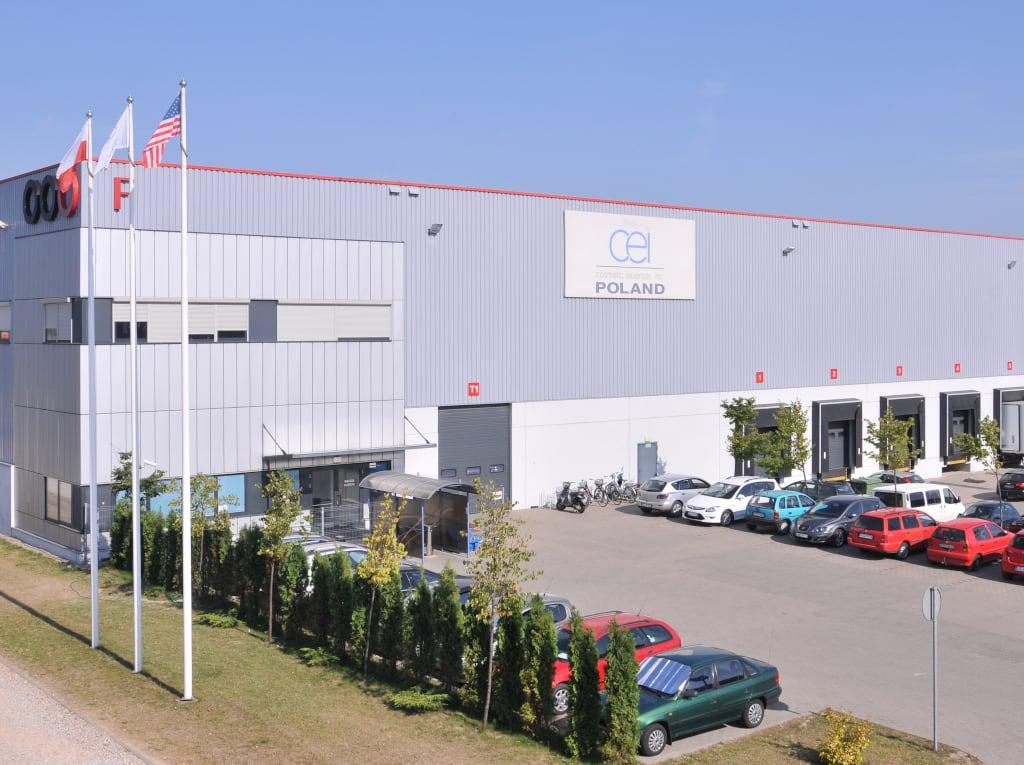 Ein Gebäude von CEI Cosmetics.
