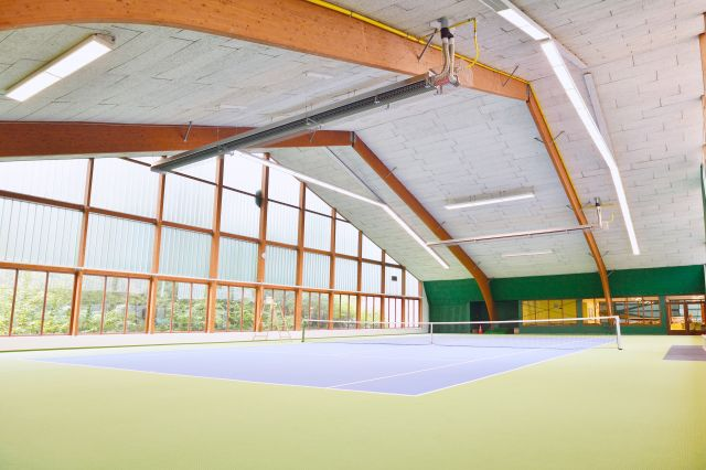 Heating for indoor tennis courts